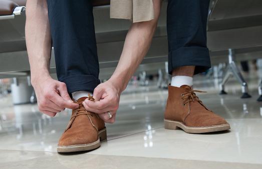 Секреты восстановления замшевой обуви