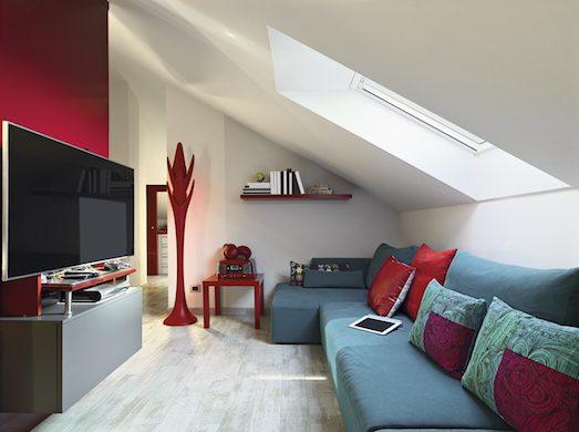Как обустроить мансардный этаж в доме?