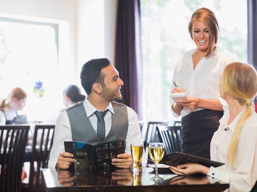 Основные правила этикета при посещении ресторана