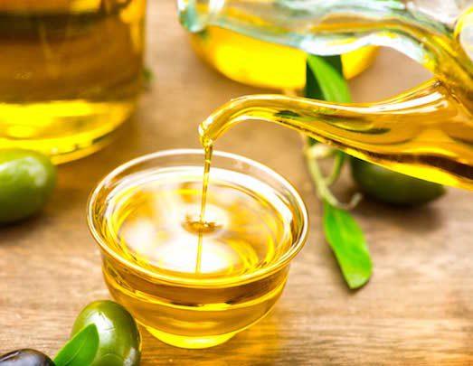 З-за чого гірчить масло?
