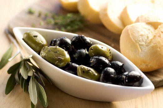 Вкусные и полезные оливки и маслины