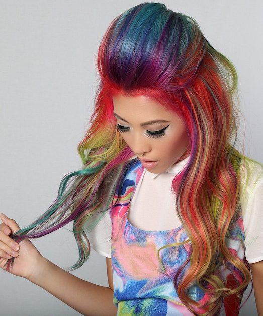 Примеры безумно яркого окрашивания волос