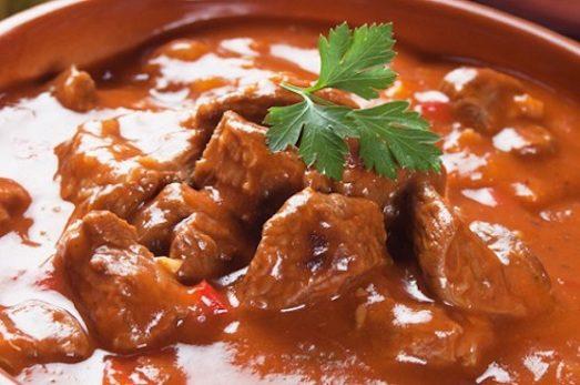 Рецепт приготовления гуляша из говядины пошагово