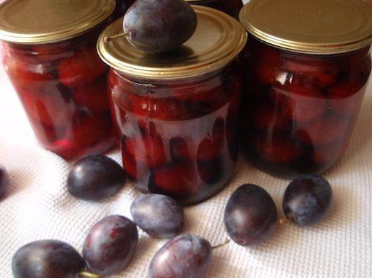 Рецепт приготування смачних маринованих слив