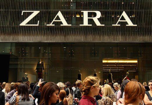 08d99194a Несмотря на сильную конкуренцию, марке Gucci всегда удавалось оставаться на  гребне популярности и дарить модницам и модникам всего мира уникальный  дизайн ...