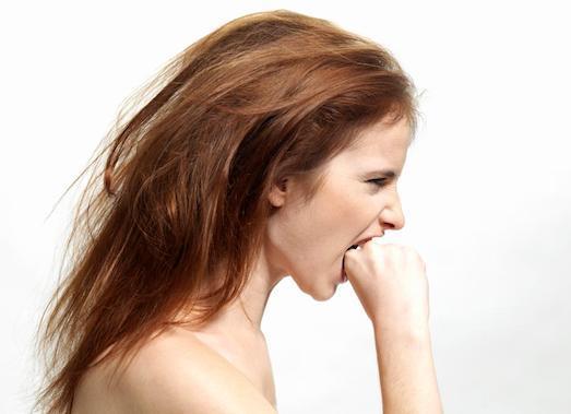Как можно убрать сильные залысины у женщин?