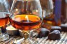 Домашний коньяк — отличный напиток для праздника