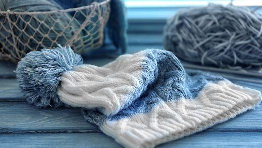 как правильно стирать шапку или шарф