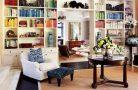Как оформить стеллаж в квартире?