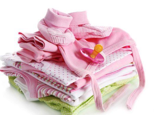 c091704813bf Но выбирая одежду для новорожденного малыша, не стоит покупать первую  понравившуюся, иначе она может просто пролежать в шкафу. Молодые родители  очень часто ...