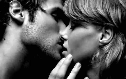 Топ 10 интересных фактов о поцелуях