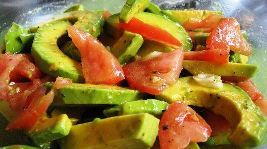 Интересные салаты с полезным авокадо