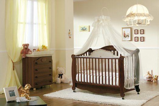 Как выбрать кроватку для новорождённого малыша?