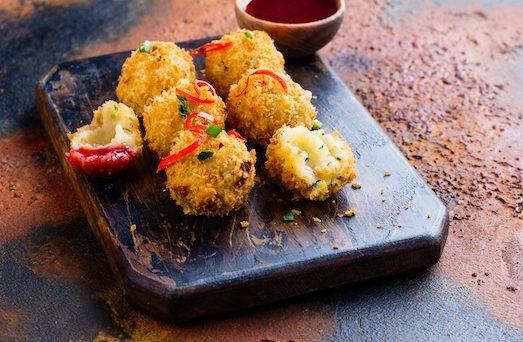 Топ 5 блюд для тех, кто очень любит горячий сыр