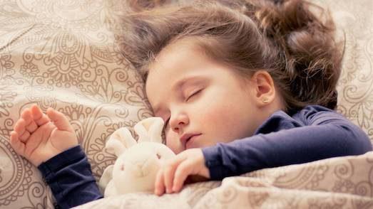 Почему у ребенка бессоница?