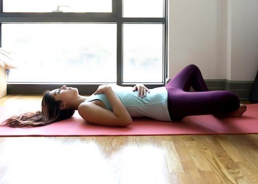 Йога для зачатия — плюсы и минусы занятий