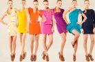 Какие цвета в одежде полнят девушек?