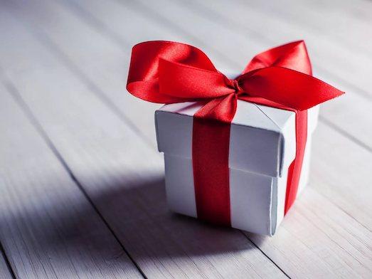 Что можно подарить себе любимой на праздник?