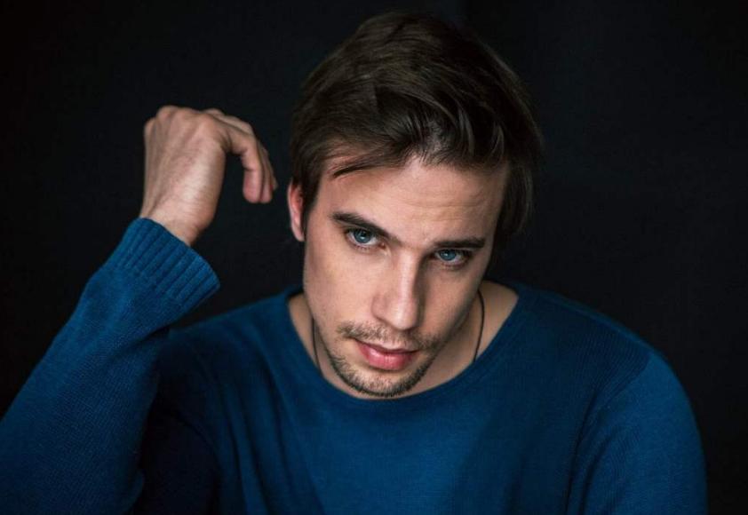 Актер Александр Ведменский